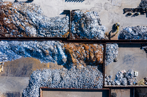 Earth Mover「Aerial photograph of waste disposal site.」:スマホ壁紙(8)