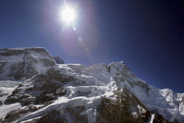 Mountain Peak「50 Year Anniversary Of Conquest Of Mount Everest」:写真・画像(1)[壁紙.com]