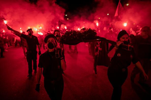 Pablo Blazquez Dominguez「Spanish Far Right Supporters Gather To Remember Falange Movement Founder」:写真・画像(0)[壁紙.com]