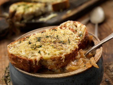 Onion Soup「French Onion Soup with a Herb Gouda French Bread」:スマホ壁紙(12)