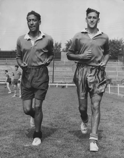 Soccer「Roy Brown And Tony Collins」:写真・画像(18)[壁紙.com]