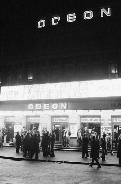 Outdoors「Hammersmith Odeon」:写真・画像(6)[壁紙.com]