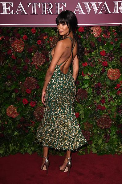 Sequin Dress「65th Evening Standard Theatre Awards - Red Carpet Arrivals」:写真・画像(9)[壁紙.com]