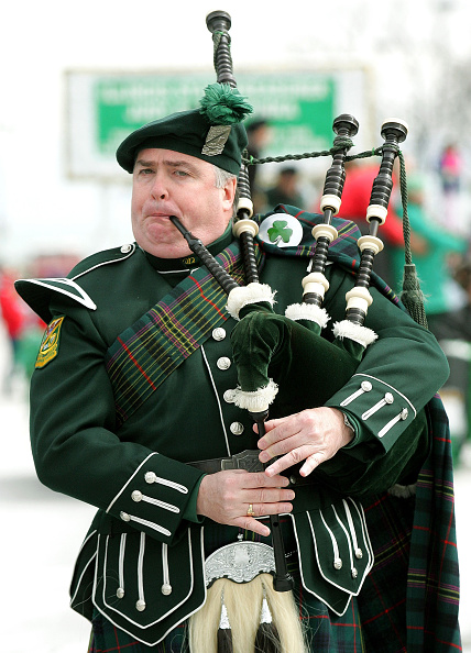 Bagpipe「Chicago Celebrates St. Patricks Day With 50th Annual Parade」:写真・画像(3)[壁紙.com]