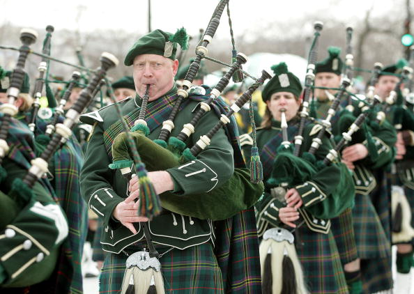 Bagpipe「Chicago Celebrates St. Patricks Day With 50th Annual Parade」:写真・画像(5)[壁紙.com]