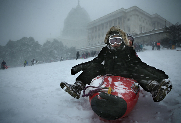 Capitol Hill「Huge Snow Storm Slams Into Mid Atlantic States」:写真・画像(16)[壁紙.com]