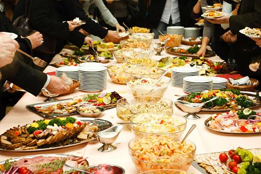 Tasting「Catering table full of tasty food」:スマホ壁紙(4)