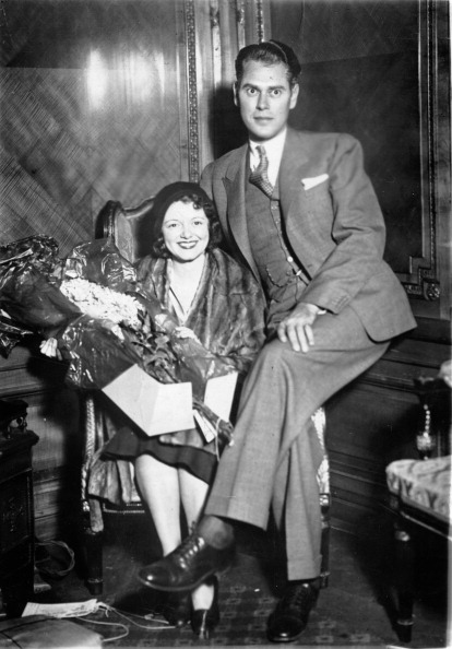 Bouquet「Janet Gaynor; US-american actress and  her husband Lydell Peck. About 1935. Photograph. (Photo by Imagno/Getty Images) Janet Gaynor; US-amerikanische Schauspieleri mit ihrem Mann Lydell Peck. Um 1935. Photographie.」:写真・画像(11)[壁紙.com]
