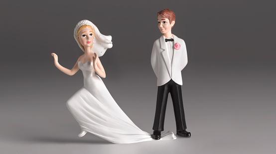 Male Likeness「Escaping bride」:スマホ壁紙(2)