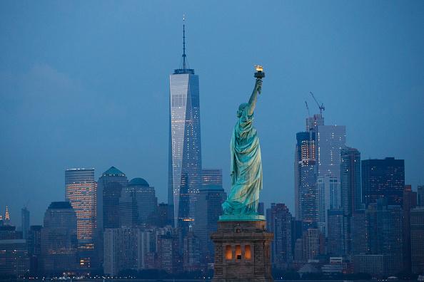 ニューヨーク市「New York City Prepares To Mark The 15th Anniversary Of 9/11 Attacks」:写真・画像(1)[壁紙.com]