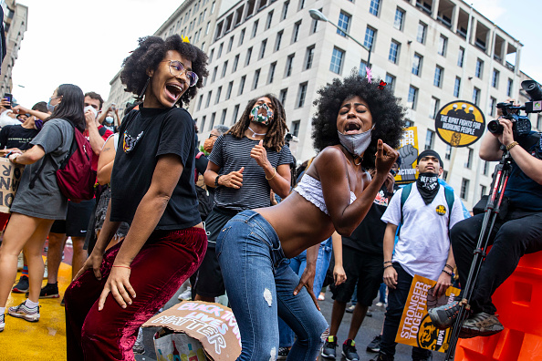 Celebration「Juneteenth Marked With Celebrations And Marches In Cities Across America」:写真・画像(9)[壁紙.com]