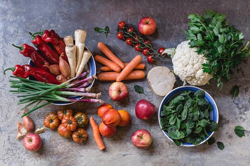 Celeriac「Fresh vegetables and fruits from weekly market」:スマホ壁紙(5)