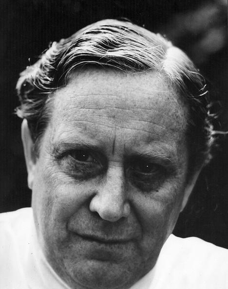Erich Auerbach「Charles Mackerras」:写真・画像(1)[壁紙.com]