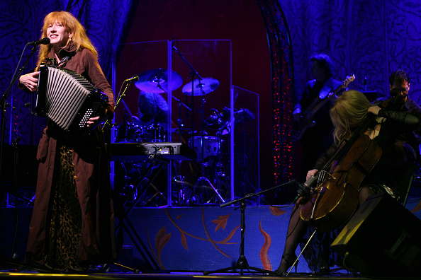 Accordion - Instrument「Loreena McKennitt」:写真・画像(4)[壁紙.com]