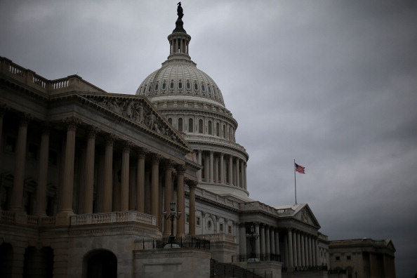 Capitol Hill「Congress Returns To The Hill As Government Shutdown Continues」:写真・画像(9)[壁紙.com]