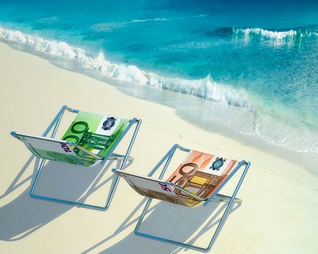 Deck Chair「Two deckchairs at beach」:スマホ壁紙(17)