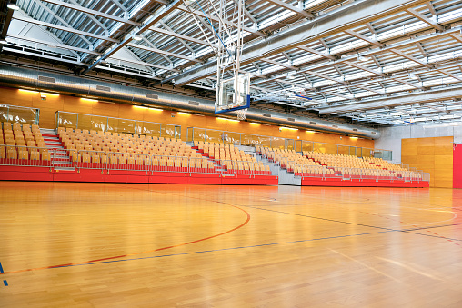 Gym「Empty Basketball School Gymnasium with Metal Roof」:スマホ壁紙(12)
