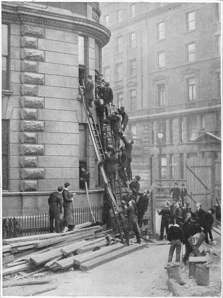 Brigade「Servants' fire brigade at the Hotel Cecil, London, c1903 (1903)」:写真・画像(19)[壁紙.com]
