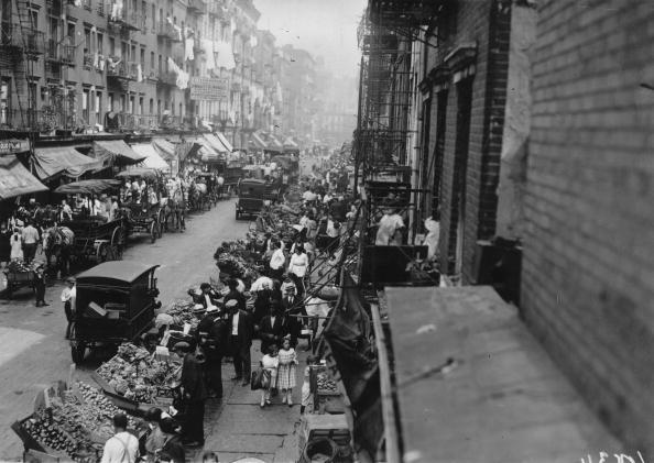 Italian Culture「Street Sellers」:写真・画像(11)[壁紙.com]