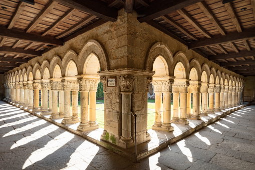 University Student「13th century Collegiate Church of Santillana and a benedictine abbey, Santillana del Mar, Spain, 2018」:スマホ壁紙(14)