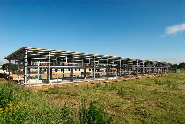 Outdoors「Framework during construction of a warehouse, Ipswich, Suffolk, UK」:写真・画像(0)[壁紙.com]