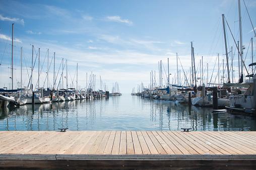 Pier「Yachts moored in a harbor」:スマホ壁紙(0)