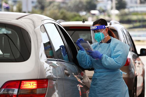 Sydney「Bondi Beach COVID-19 Testing Clinic Expanded As NSW Health Authorities Urge Sydneysiders Continue Getting Tested」:写真・画像(15)[壁紙.com]