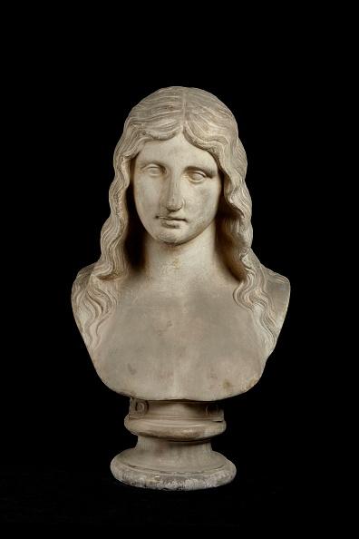 Bust - Sculpture「Bust Of Barbarian Woman」:写真・画像(9)[壁紙.com]