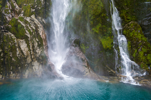 Fiordland National Park「New Zealand, South Island, Stirling Falls at Milford Sound, Fjordland National Park」:スマホ壁紙(7)