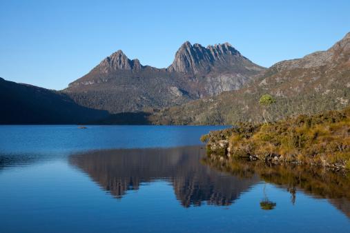 クレイドル山「クレイドル山タスマニア州、ダブ湖」:スマホ壁紙(10)