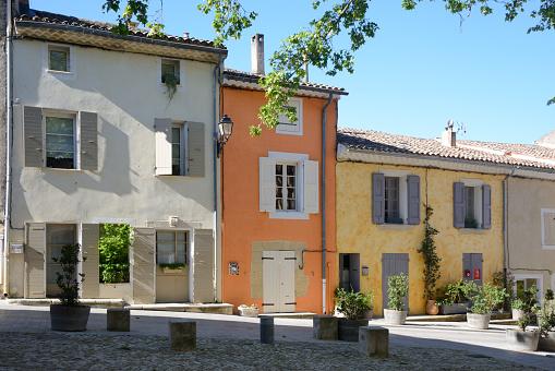 Provence-Alpes-Cote d'Azur「Colourful Village Houses in Cucuron Luberon Provence」:スマホ壁紙(14)