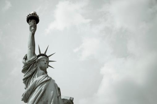 Crown - Headwear「Statue of Liberty」:スマホ壁紙(4)