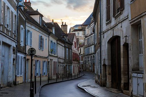 Village「Sunset over Narrow Street in French Village」:スマホ壁紙(18)