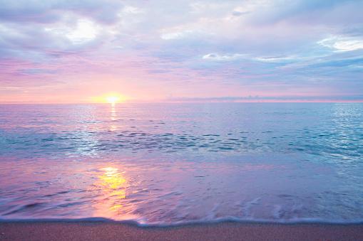 Sea「Sunset over ocean」:スマホ壁紙(17)