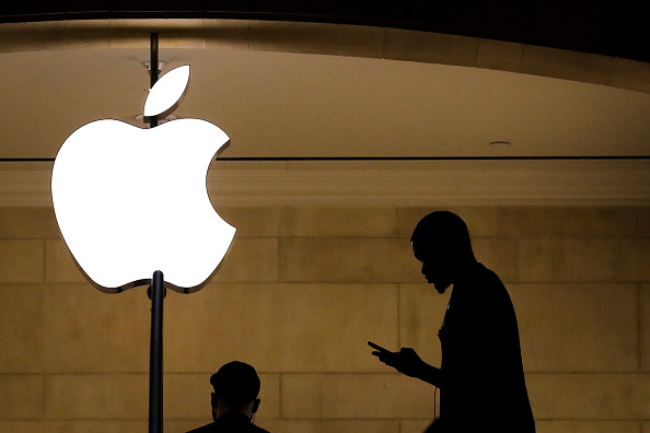 Business「Apple To Release Quarterly Earnings After Markets Close」:写真・画像(13)[壁紙.com]