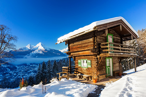 Agricultural Building「Winter wonderland with mountain chalet in the Alps - Nationalpark Berchtesgaden」:スマホ壁紙(9)