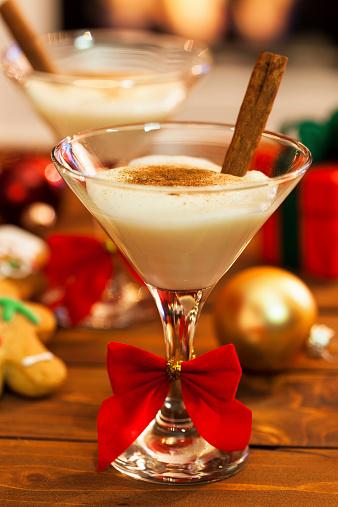 Gingerbread Cookie「Eggnog at Christmas Time」:スマホ壁紙(0)