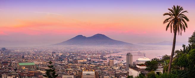 Tyrrhenian Sea「Naples and vesuvius at sunset. Italy」:スマホ壁紙(16)