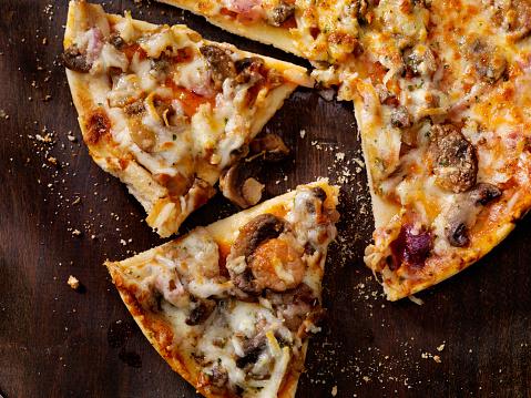Sausage「Roasted Mushroom, Garlic and Red Onion Thin Crust Pizza」:スマホ壁紙(5)