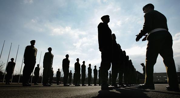 Simplicity「Army Recruits Go Through Basic Training In Winchester」:写真・画像(16)[壁紙.com]
