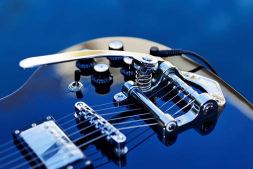 Rock Music「Guitar with Tremolo」:スマホ壁紙(10)