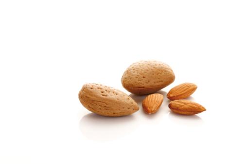 Nut - Food「Almonds」:スマホ壁紙(12)