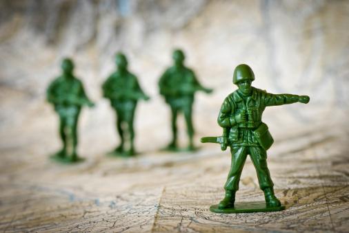 Battle「Toy soldiers war concepts」:スマホ壁紙(7)