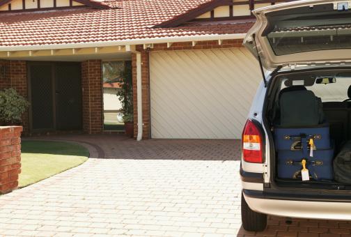 Van - Vehicle「Car on driveway, suitcases in open boot」:スマホ壁紙(6)