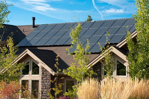 Development「Solar panels on the roof of a house」:スマホ壁紙(18)