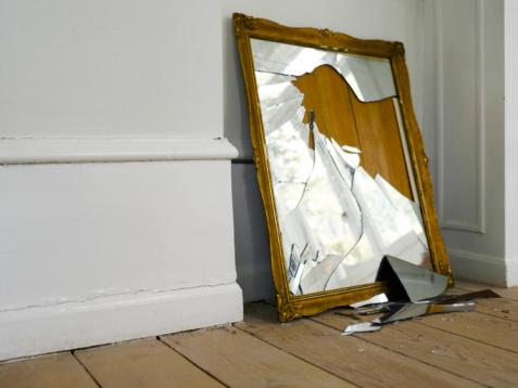 Insurance「smashed mirror」:スマホ壁紙(7)