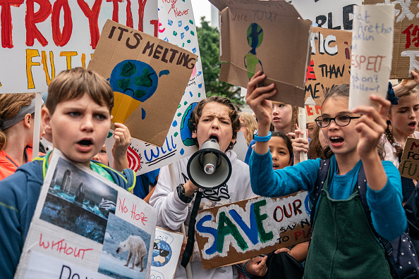 Climate Activist「Students Strike In Hong Kong To Raise Climate Change Awareness」:写真・画像(0)[壁紙.com]