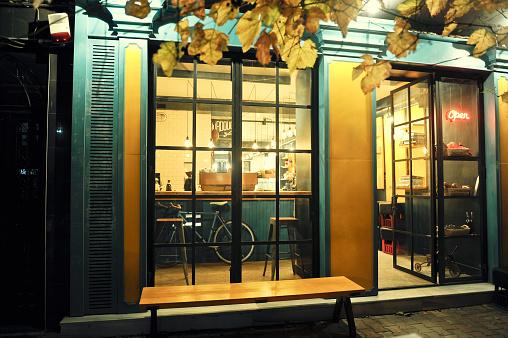 Store「Modern coffee shop」:スマホ壁紙(15)
