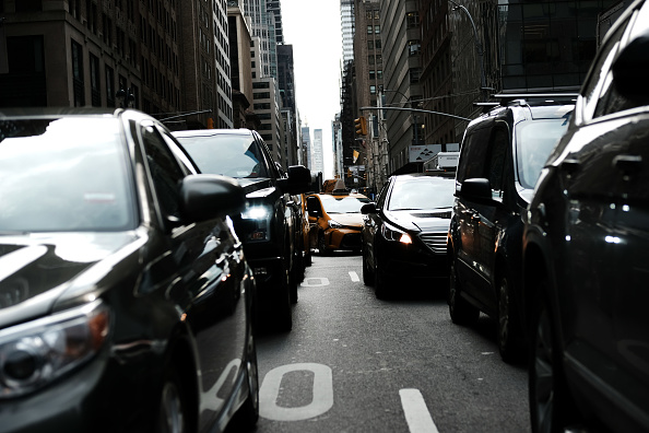 Traffic「NYC Mayor De Blasio And NY Governor Cuomo Announce Congestion Pricing For Manhattan And Reorganization Of MTA」:写真・画像(9)[壁紙.com]