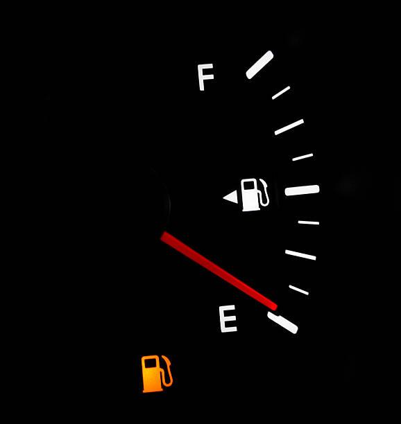 Low Fuel:スマホ壁紙(壁紙.com)